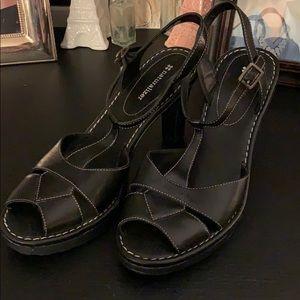 Black Naturalizer Heels, Size 8.5